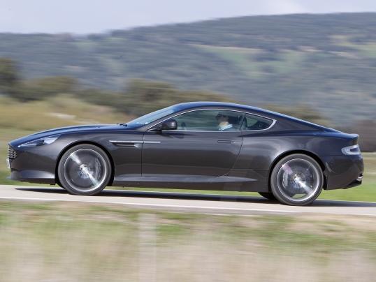 Aston Martin Virage 2011 12